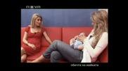 Горещо - Емилия показва сина си Иван (2)