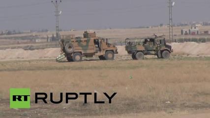 Турската гранична полиция използва водно оръдие срещу бягащи сирийски бежанци