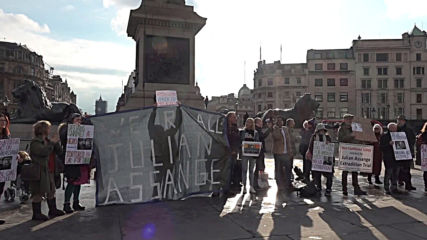 UK: Assange supporters protest in London's Trafalgar Square
