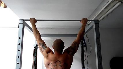 Трениране - Гърди и гръб Jazzy Тренировка - Fit Camp
