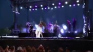 Selena Gomez - Slow down Live on N B C