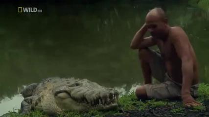 Приятелство Между Човек И Крокодил !!! Невероятно Но Истина