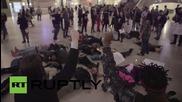 Протести в Ню Йорк след смъртта на Миа Хол