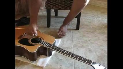 Мъж без ръце свири на китара! Волята не се пречупва!