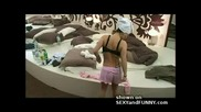 Big Brother германия мацка с големи гърди след баня