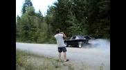Страхотен Burnout с Dodge Charger R/t