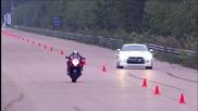 Nissan Gt-r срещу Suzuki Gsx1300 R Hayabusa