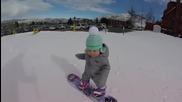 14 месечен сладур кара сноуборд.