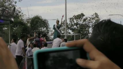 Хиляди посрещнаха Мис Вселена 2015 във Филипините