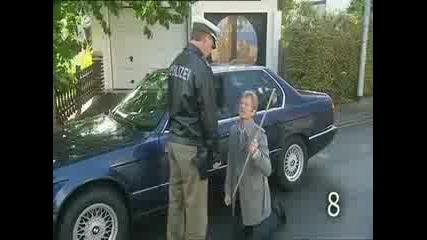 10 неща , които не трябва да правите,  когато ви спре полицай