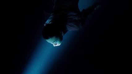[бг превод] Luhan - Catch me When I fall [mv]