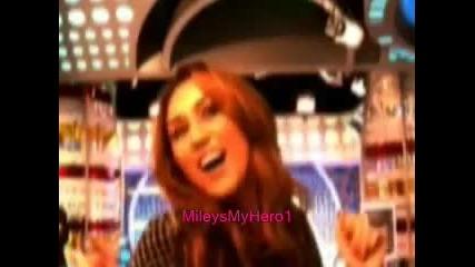 Посмей се с Майли ! xd
