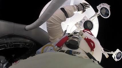 Скокът на Felix Baumgartner и Gopro