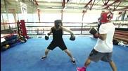 Джъстин Бийбър показва много добри боксови умения в спаринг с приятели!