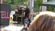 Selena Gomez - Naturally - Live at Six Flags St. Louis 8222010