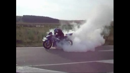 Изпълнения с моторите - откачалки на едно колело !