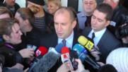Bulgaria: Electoral favourite Rumen Radev casts vote in presidential elections