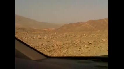 Жега в пустинята - 58 градуса !