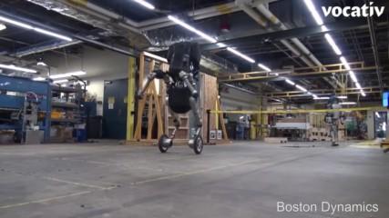 Учени изобретиха робот на колела