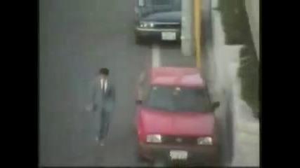 Тълпа от Хора стряскат случайни от Улицата Смях !!!!