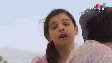 Малката булка: Акирадж убива Ананди..край на 1 сезон