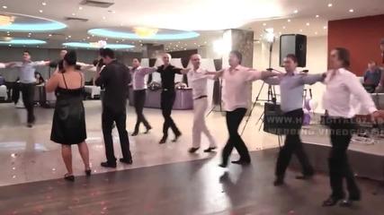 Невероятно Българско хоро!