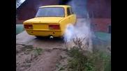 Lada 1600cc burnout [палеж на гумите]