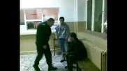 Dj Биещия полицай - Плачещия недоносеник