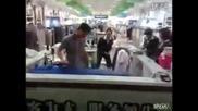 Как се гладят дрехи в Китай