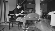 Machine Gun Kelly - Lift Off (feat. Chino Moreno and Machine Gun Kelly) (Оfficial video)