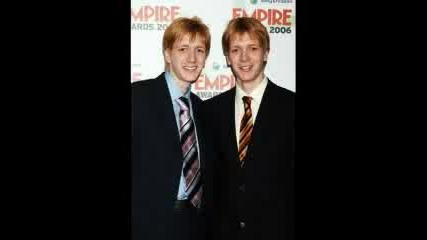 Weasley Twins - Hello World :)