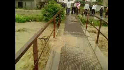 Прилив на реката в Котел