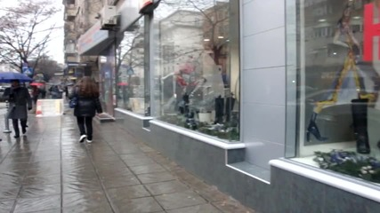 Мжиг #1 Една перверзна жена в магазин за обувки