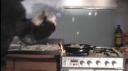 Какво става когато си правите пуканки на тиган