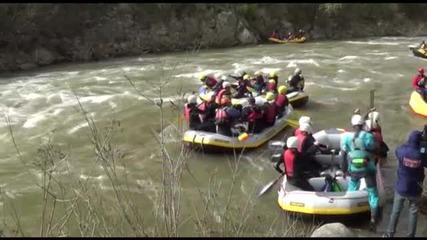Започна сезонът на екстремните спускания с лодки по река Струма