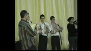 Петъо Костадинов - гайда и ученици