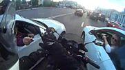 Случка с неочакван край с моторист в улично задръстване в Русия