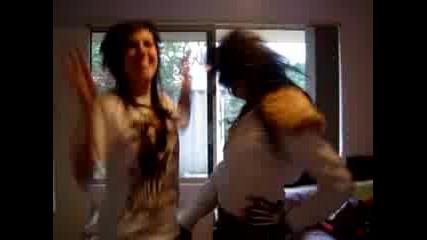 Mikkimurder© И Biancavampire Танцуват