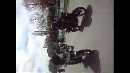 Почетна мото обиколка на град Добрич 2012 год.