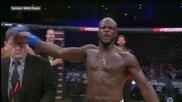 MMA боец удари член на съдийската комисия