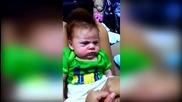 Това ли е най-сърдитото бебе в света?
