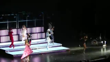 Glee Live 2010 - Bad Romance - Glee Cast - Los Angeles May 22, 2010