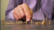 Рекорд на Гинес: Най-малките скулптури изработени от клечки за зъби