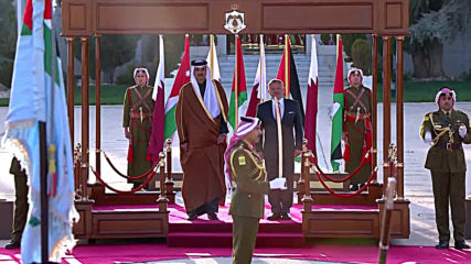 Jordan: Emir of Qatar lands in Amman fo talks with Jordanian King Abdullah II