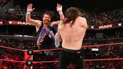 Curt Hawkins vs. Elias: Raw, Aug. 20, 2018
