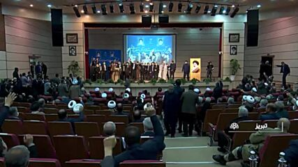 Iran: Provincial governor slapped during inauguration speech