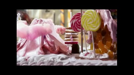 Katy Perry Ft. Snoop Dogg - California Gurls (oficial Music Video)