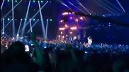Eminem - The Monster feat. Rihanna На живо в Mtv