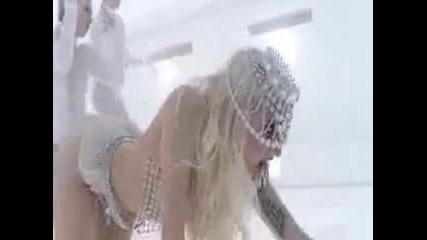 Превод - лейди Гага с впечатляващо видео Лоша, лоша Лейди Гага... Lady Gaga - Bad Romance Vbox7