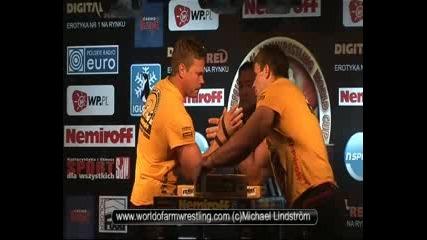 - John Brzenk Vs Denis Cyplenkov - World of Armwrestling.com